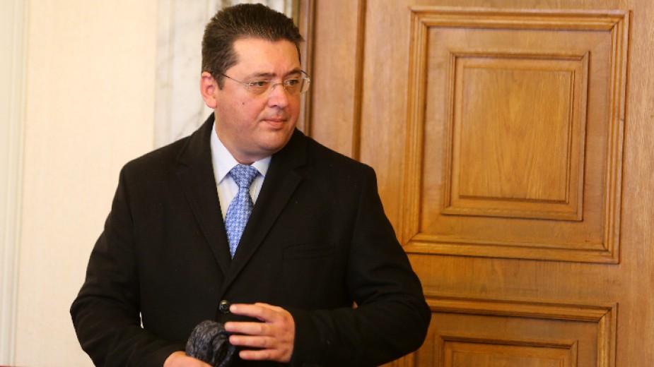 Bulgarian President's Secretary Plamen Uzunov Is Investigated For Trading In Influence