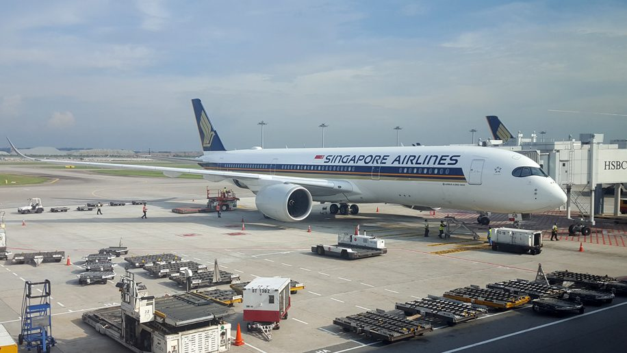 Singapore Airlines Reports Half-Year Loss Of USD 2.6 Billion
