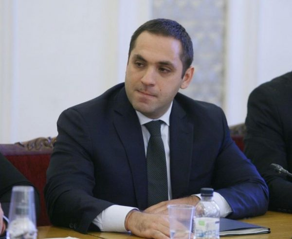 Economy Minister Karanikolov: Bulgaria's Economy Is Able To Withstand The Crisis