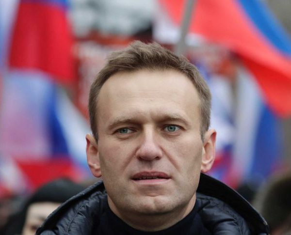 Tens of Thousands Protest In Russia Demanding Navalny's Release, Over 2000 Arrested