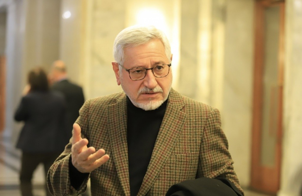 Prof. Angel Dimitrov: Today's Meeting Is Fruitless, We Are Still Somewhere In The 10th Century
