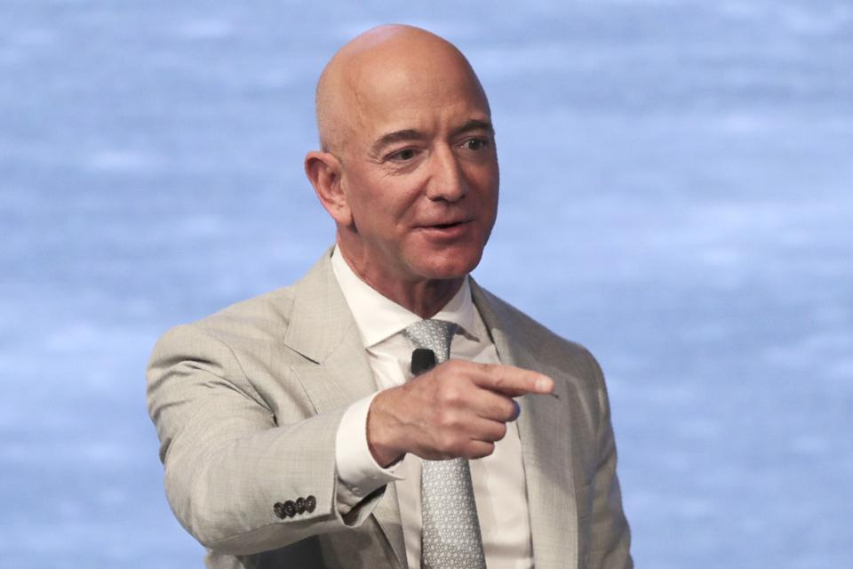 Amazon Employees Are Dissatisfied With The Company's Climate Policies