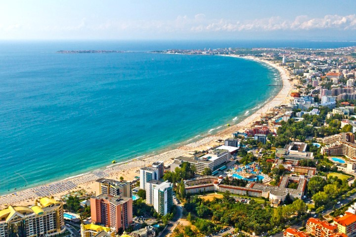 Bulgaria: Future For Tourism Association Insists On Setting up Guarantee Fund For Customer Indemnity