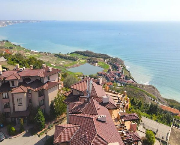 Bulgarians Buy-Out Russian's Real Estate On Black Sea Coast