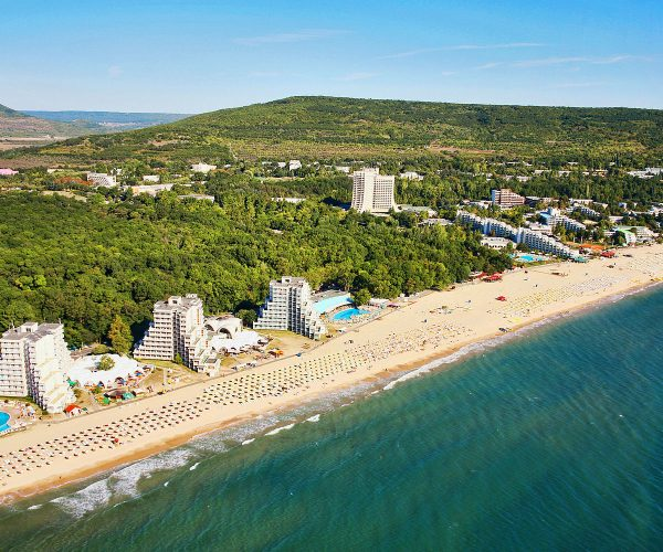 Can Bulgarian Tourism Survive Without Foreigners This Summer?