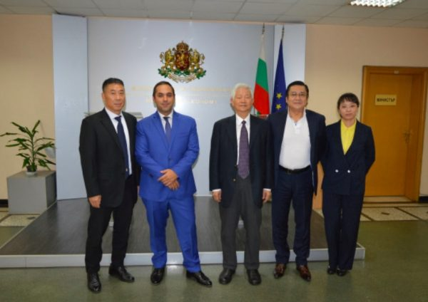 Chinese Manufacturer Alfa Bus E-Buses With Interest In Investing In Bulgaria