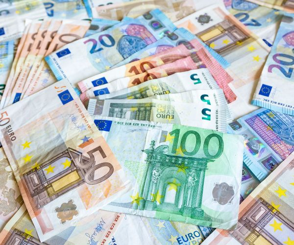 Nearly 60% Of Bulgarians Are Skeptical about Adopting The Euro